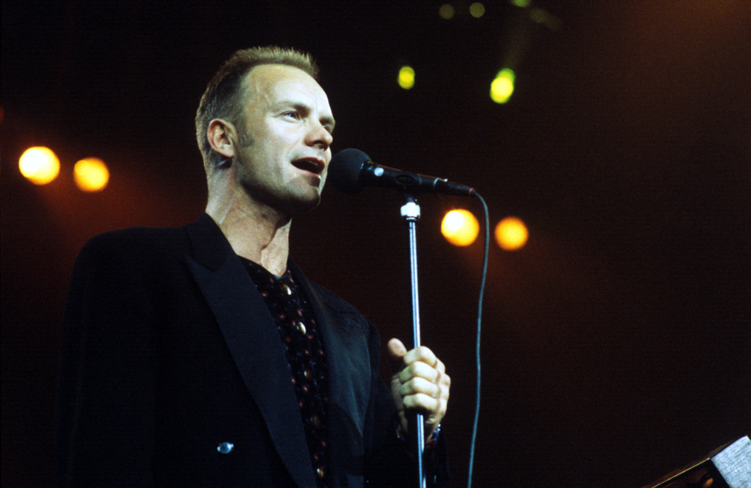 pop muziek popmuziek muzikanten artiest Sting Night of the Proms 1993 Rotterdam Ahoy Russians Englishman In New York