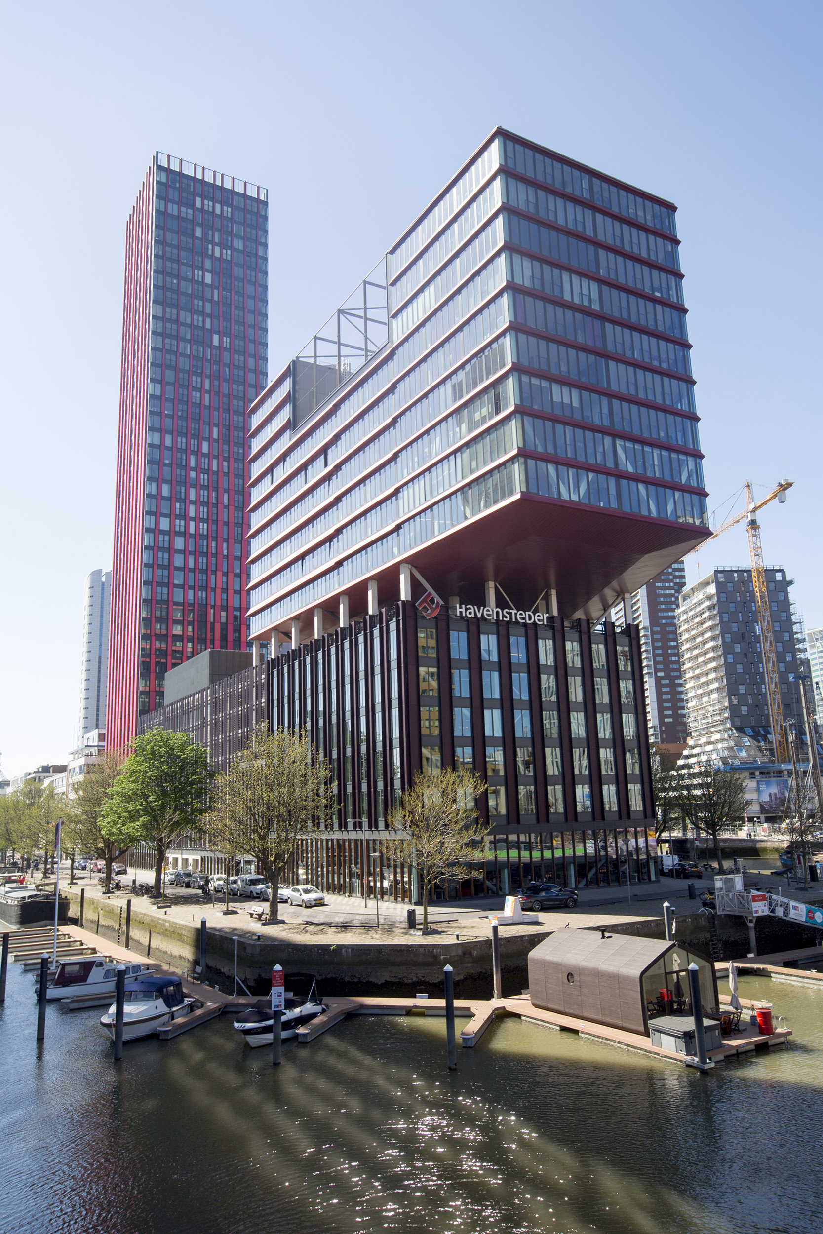 Rotterdam Havensteder The Red Apple architectuur kantoorgebouwen