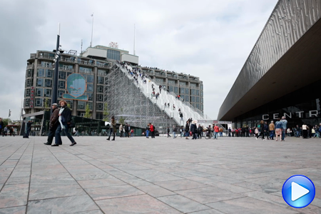 Timelapse video Rotterdam Centraal Station de trappen
