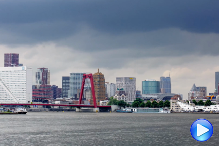 Timelapse video RotterdamSkyline Maas Willemsbrug