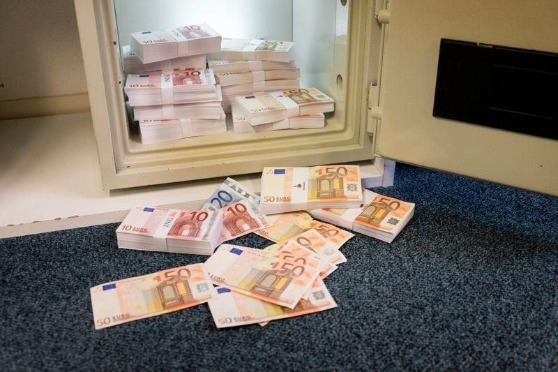 kluis bank belasting